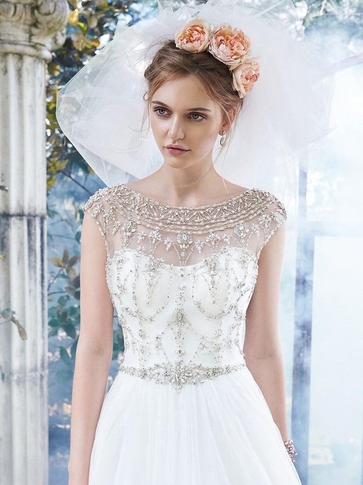 Maggie Sottero Ivory Lace Organza And Tulle Leandra Formal Wedding Dress Size 10 M