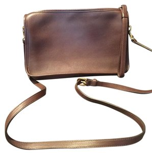 Coach Adjustable Strap Detachable Strap Glovetanned Leather Glove Tanned Cross Body Bag