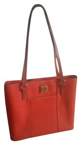 Dooney & Bourke Tote in Persimmon