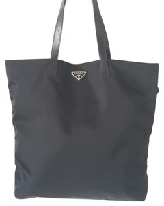 Prada Shopping Tote in Nero/Black
