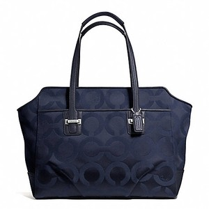 Coach Tote in Midnight (Navy Blue)