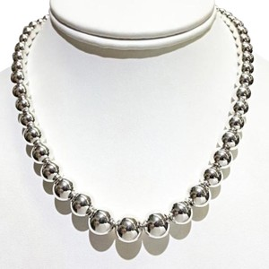 Tiffany & Co. CLASSIC Tiffany&Co. Graduated Bead Necklace Sterling Silver 16 inches 100% guaranteed authentic. Comes with Tiffany Blue Colored Polishing Cloth!!!