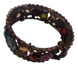 Other Beautiful flowers bracelet that adjusted to your size.