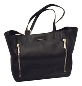 Elizabeth and James Shopper Carryall Classic Tote in Black