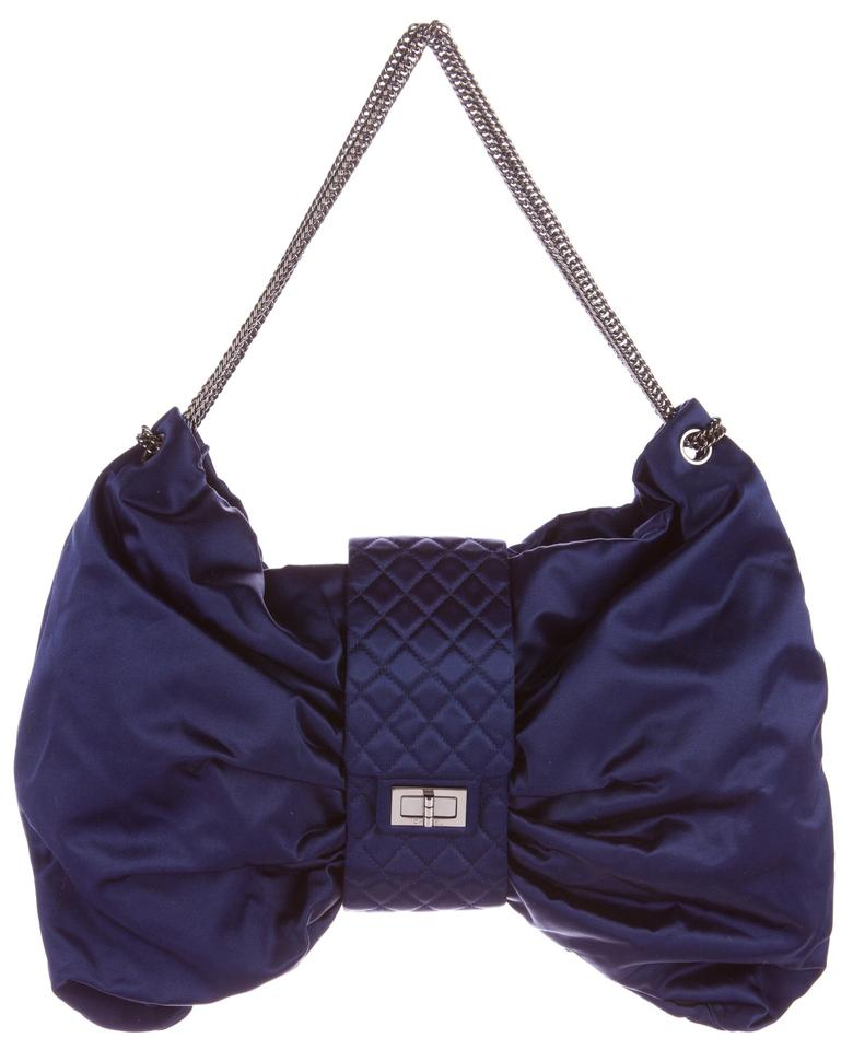 Chanel Classic 2.55 Reissue Evening Clutch Bow Quilted Flap Envelope Silk  Jumbo Navy Blue Satin Clutch d01fe35f3b630