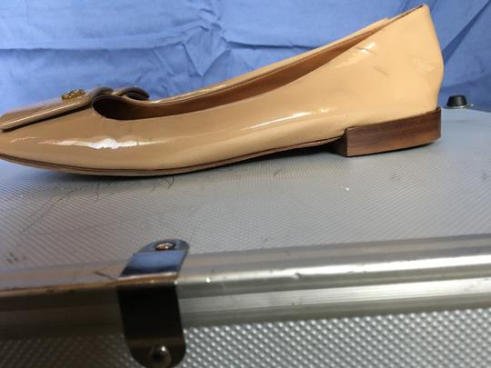 Tory Burch Patent Leather Stylish Comfortable Nude Flats Image 1