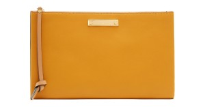 Chloé Leather Tan Natural Wristlet in Caramel