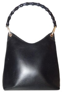 Gucci Xl Size Hobo Style High-end Bohemian Mint Vintage Dressy Or Casual Perfect For Everyday Satchel in Black