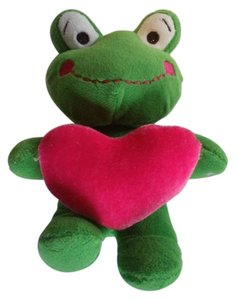 Dandee FROG STUFFED ANIMAL PLUSH TOY HOLDING A HEART