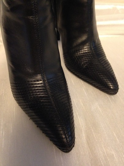 Roberto Cavalli Leather Leather Soles Animal Print Leather Insoles Lining Chevron Pattern Stiching Black Boots