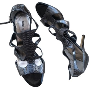 Nine West Purple gray metallic Sandals