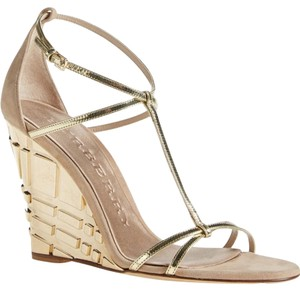 Burberry Prorsum Gold/Nude Wedges