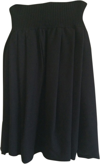 Preload https://item1.tradesy.com/images/black-collection-maxi-skirt-size-8-m-29-30-1993075-0-0.jpg?width=400&height=650