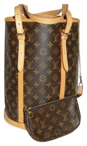 Louis Vuitton Monogram Bucket Shoulder Tote in Brown