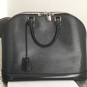 Louis Vuitton Epi Satchel in Black