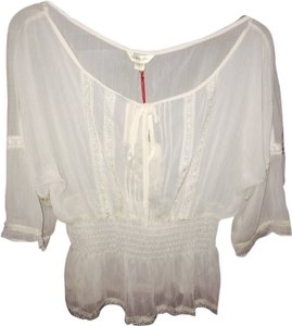 Guess By Marciano Lace Sheer Bohemian Peasant Top Milk