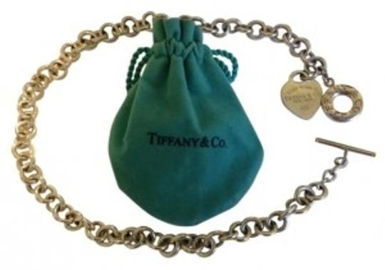 Preload https://item4.tradesy.com/images/tiffany-and-co-silver-heart-toggle-necklace-199333-0-0.jpg?width=440&height=440