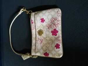 Coach Wristlet in White/Pink