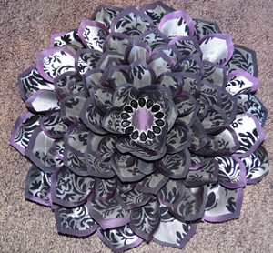 Damask Flocked Taffeta Embellished Flower Wall Art: Puple/silver/black ~ 16