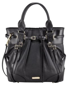 Burberry Belted Leather Winter Fall Tote in Black