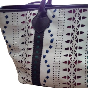 Beverly Feldman Tote in White/brown/misc