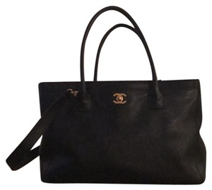 Chanel Executive Cerf Gold Tote in Black