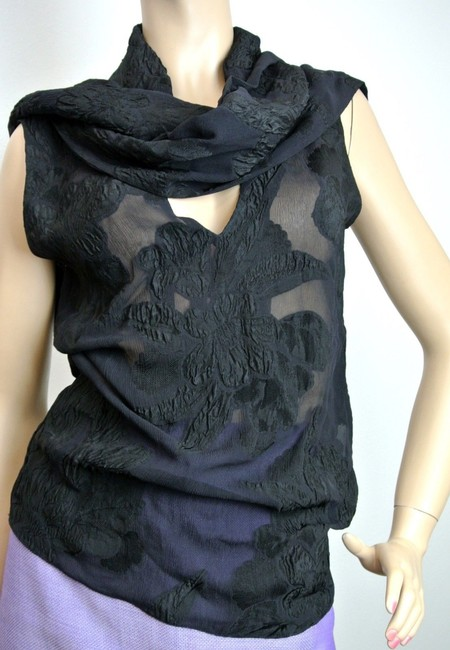 Gucci Black $1350 Runway Silk Floral V-neck W/attached Scarf Sz 40 300625 Top - 77% Off Retail good