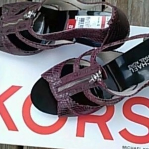 MICHAEL Michael Kors Burgundy/purpleish Mules