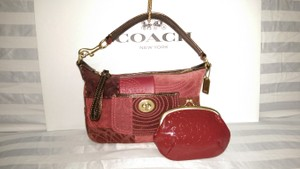 Coach Kisslock Turnlock Shoulder Bag