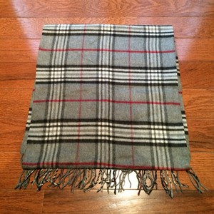 V. FRAAS Check Plaid Soft Unisex Scarf In Grey