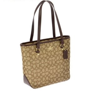 Coach Tote in Gold Khaki Brown