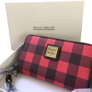 Dooney & Bourke Style Of The Season Wristlet in Red Plaid