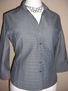 Tracy M Pintucked Button Down Shirt Blue Chambray