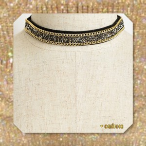 New Crystal Encrusted Gold Tone Chain Detail Gorgeous Choker