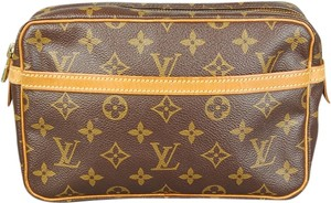 Louis Vuitton Toiletry Travel Medium monogram Clutch