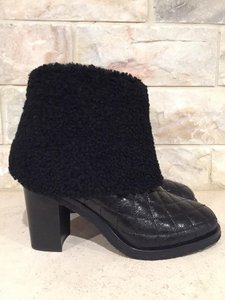 Chanel Classic Shearling Fur Quilted Chain black Boots