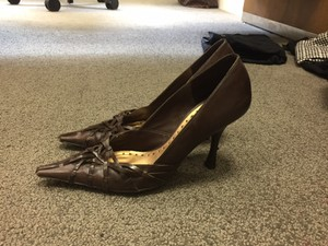 BCBGMAXAZRIA Pump Brown Pumps