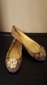 Coach Signature/Metallic Flats