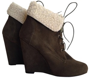 Candela Shiloh Wedge Green Boots