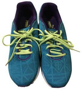 Puma Turquoise and lime green Athletic