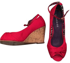 Rampage Red Wedges