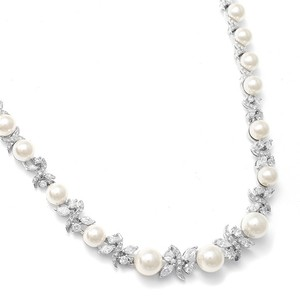 Mariell Silver/Pearl Luxurious and Cubic Zirconia 723n Necklace