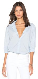 VELVET BY GRAHAM & SPENCER Buttondown Shirt Blouse Button Down Shirt light blue