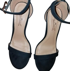 Anne Michelle Heels Ankle Strap Black Sandals