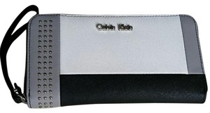 Calvin Klein Wristlet in Colorblock