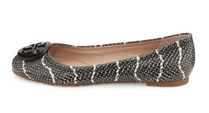 Tory Burch Snake-embossed Round Toe Black/Ivory Flats