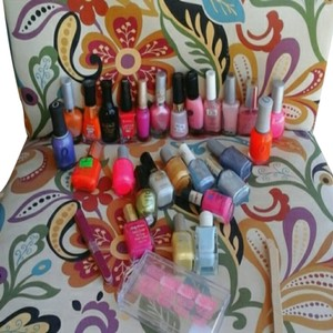 Orly 26 BOTTLES OF NAIL POLISH
