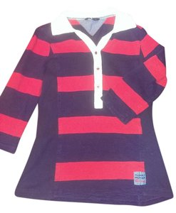 Tommy Hilfiger Size M. T Shirt Modnight navy and red