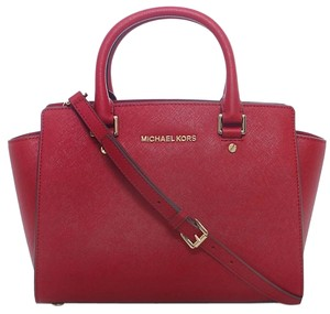 Michael Kors Michael .leather Medium Saffiano Leather Crossbody Satchel in Red