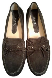 Vaneli Brown Flats